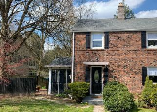 Pre Foreclosure in Pittsburgh 15238 CAMBERWELL DR - Property ID: 1628497407
