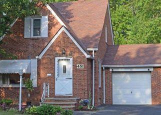Pre Foreclosure in Euclid 44132 E 266TH ST - Property ID: 1628727341