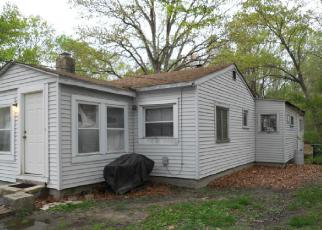 Pre Foreclosure in Williamstown 08094 PRINCE AVE - Property ID: 1628756248