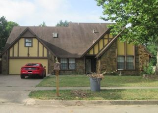 Pre Foreclosure in Broken Arrow 74012 W BOSTON ST - Property ID: 1629038752