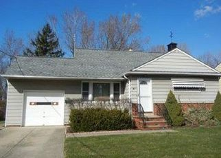 Pre Foreclosure in Cleveland 44125 DAVID RD - Property ID: 1629351459