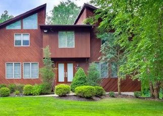 Pre Foreclosure in Monsey 10952 CHERRY LN - Property ID: 1629637460