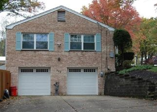 Pre Foreclosure in Pittsburgh 15235 STONELEDGE DR - Property ID: 1629834547