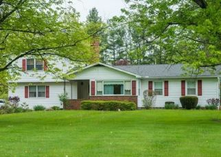 Pre Foreclosure in Chagrin Falls 44022 E BEL MEADOW LN - Property ID: 1629940987