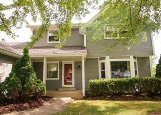 Pre Foreclosure in Rockford 61108 HIGHRIDGE RD - Property ID: 1629944929