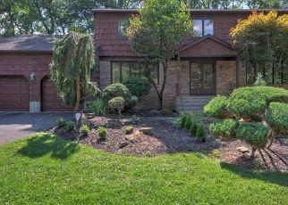Pre Foreclosure in Morganville 07751 VISTA DR - Property ID: 1630053982