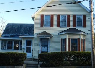 Pre Foreclosure in Fitchburg 01420 WACHUSETT ST - Property ID: 1630264644