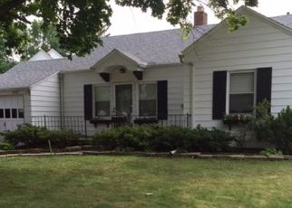 Pre Foreclosure in Toledo 43614 LUTAWAY DR - Property ID: 1630500713