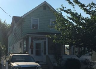 Pre Foreclosure in Kenilworth 07033 S 23RD ST - Property ID: 1630519989