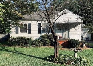 Pre Foreclosure in Hampton 23669 CAVALIER RD - Property ID: 1630745982
