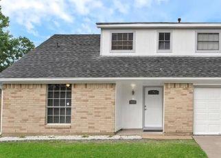 Pre Foreclosure in Pasadena 77505 SWEETBRIAR DR - Property ID: 1630888306
