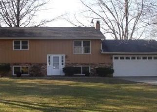 Pre Foreclosure in Cuba 61427 N IROQUOIS TRAIL RD - Property ID: 1631282491