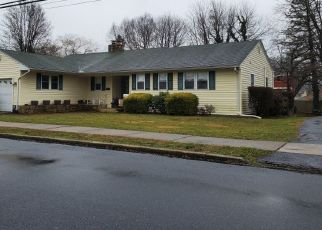 Pre Foreclosure in Camp Hill 17011 E GREEN ST - Property ID: 1631322788