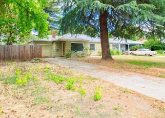 Pre Foreclosure in Medford 97501 WINCHESTER AVE - Property ID: 1631458105