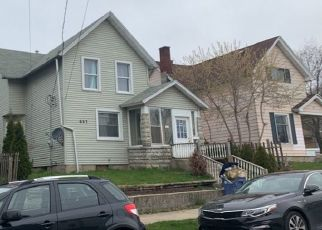 Pre Foreclosure in Grand Rapids 49504 LANE AVE NW - Property ID: 1631820316