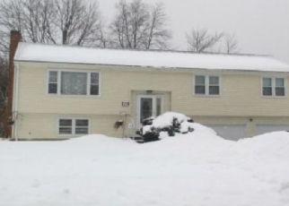 Pre Foreclosure in Windsor 06095 TAMARACK DR - Property ID: 1631873764