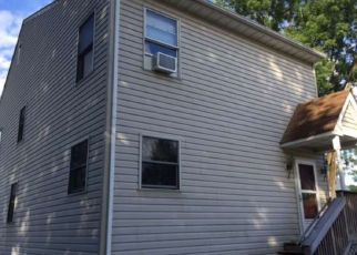 Pre Foreclosure in Bordentown 08505 LYONS LN - Property ID: 1632583266