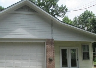 Pre Foreclosure in Winfield 35594 HONEYSUCKLE DR - Property ID: 1632891612