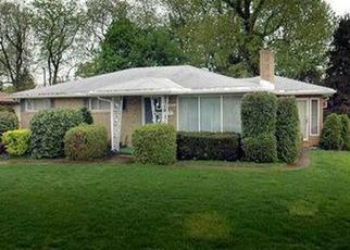 Pre Foreclosure in Irwin 15642 HENRY DR - Property ID: 1632909564