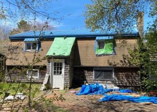 Pre Foreclosure in Old Orchard Beach 04064 SMITHWHEEL RD - Property ID: 1633128552