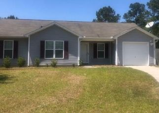 Pre Foreclosure in Richlands 28574 SNOW BELL CT - Property ID: 1633255565