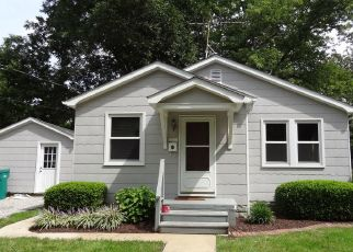 Pre Foreclosure in Mascoutah 62258 N INDEPENDENCE ST - Property ID: 1633291475