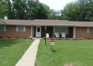 Pre Foreclosure in Mascoutah 62258 W POPLAR ST - Property ID: 1633300675