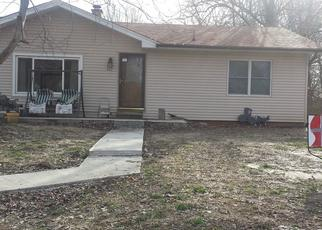 Pre Foreclosure in Caseyville 62232 HOLLYWOOD HEIGHTS RD - Property ID: 1633306363