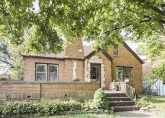 Pre Foreclosure in Peoria 61604 W SHERMAN AVE - Property ID: 1633366812