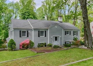 Pre Foreclosure in Morristown 07960 ROLLING HILL DR - Property ID: 1633398337