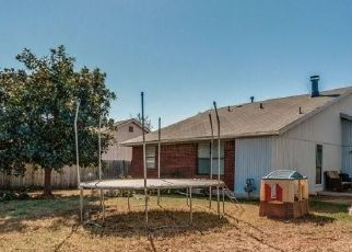 Pre Foreclosure in Yukon 73099 WESTVIEW DR - Property ID: 1633556453