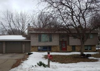 Pre Foreclosure in Willmar 56201 10TH ST SE - Property ID: 1633687400