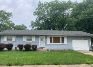 Pre Foreclosure in Merrillville 46410 TYLER ST - Property ID: 1633888882