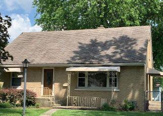 Pre Foreclosure in Bradley 60915 N BLAINE AVE - Property ID: 1634064951