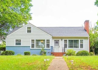 Pre Foreclosure in Roanoke 24017 COVE RD NW - Property ID: 1634567291