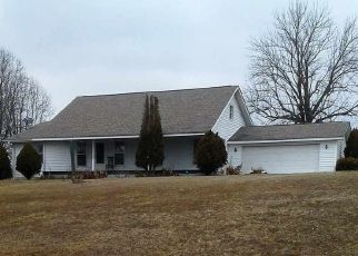 Pre Foreclosure in Palmersville 38241 HUNT RD - Property ID: 1634602326