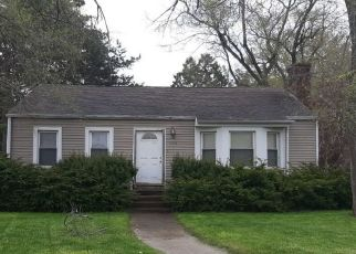 Pre Foreclosure in Saginaw 48602 BAY ST - Property ID: 1635011394