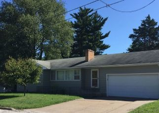 Pre Foreclosure in Macomb 61455 STADIUM DR - Property ID: 1635123970