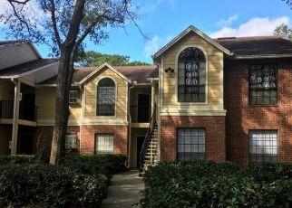 Pre Foreclosure in Tampa 33614 MALLARD RESERVE DR - Property ID: 1635314476