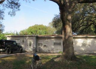 Pre Foreclosure in Tampa 33619 PAPAYA DR - Property ID: 1635446303