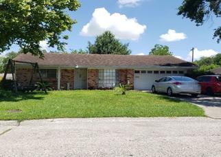 Pre Foreclosure in Baytown 77520 IVIE LEE ST - Property ID: 1635625439