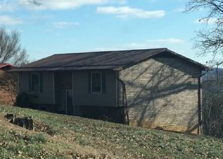 Pre Foreclosure in Kingsport 37660 PARTON DR - Property ID: 1635666610
