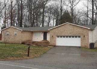 Pre Foreclosure in Cookeville 38506 BUNKER HILL RD - Property ID: 1635667938