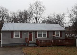 Pre Foreclosure in Clarksville 37042 CHERRY TREE DR - Property ID: 1635669232