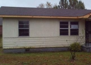 Pre Foreclosure in Jackson 38301 SOUTHERN ST - Property ID: 1635670999