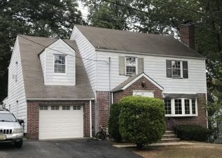 Pre Foreclosure in Verona 07044 HOWARD ST - Property ID: 1635741501