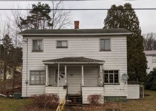 Pre Foreclosure in Reynoldsville 15851 JACKSON ST - Property ID: 1635787936