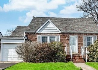 Pre Foreclosure in Saddle Brook 07663 WILSON ST - Property ID: 1635894353