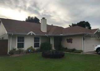 Pre Foreclosure in Tampa 33634 HOLLOWELL DR - Property ID: 1636099323