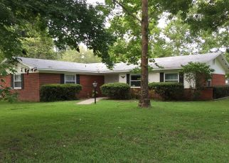 Pre Foreclosure in Newberry 32669 NW 180TH ST - Property ID: 1636134810